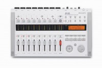 ZOOM R16 Recorder Interface Controller 16 Spur 8x Mic in